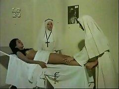سونیا دوست دارد به خوبی با معشوقش رفتار سکسخفن متحرک کند.