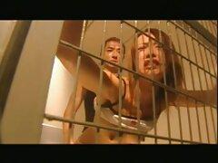 زوج كس كير كون آرژانتینی در اتاق خواب از آن لذت می برند