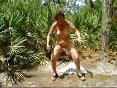هیولا بزرگ سیاه به دنبال یک غار راحت عکس کیر تو کون است که در آن فرد بتواند استراحت کند!