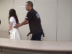 کاتیوشا انگشت می کشد و دیک را عكس كس و كير از نیگا مکیده است