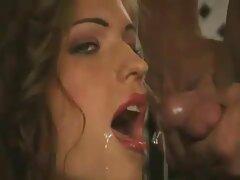 دانش آموز زیبا در نقش پورنو عكس سكسي از كون تلاش می کند
