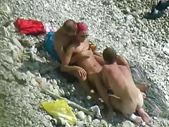 همسر تصاویرسکسی ازکون بلوند داغ در لباس زیر زنانه سکسی یک دیک بزرگ می خواهد